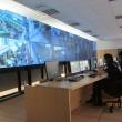 écran supervision centre surveillance urbaine marseille bureau mobilier stratifié