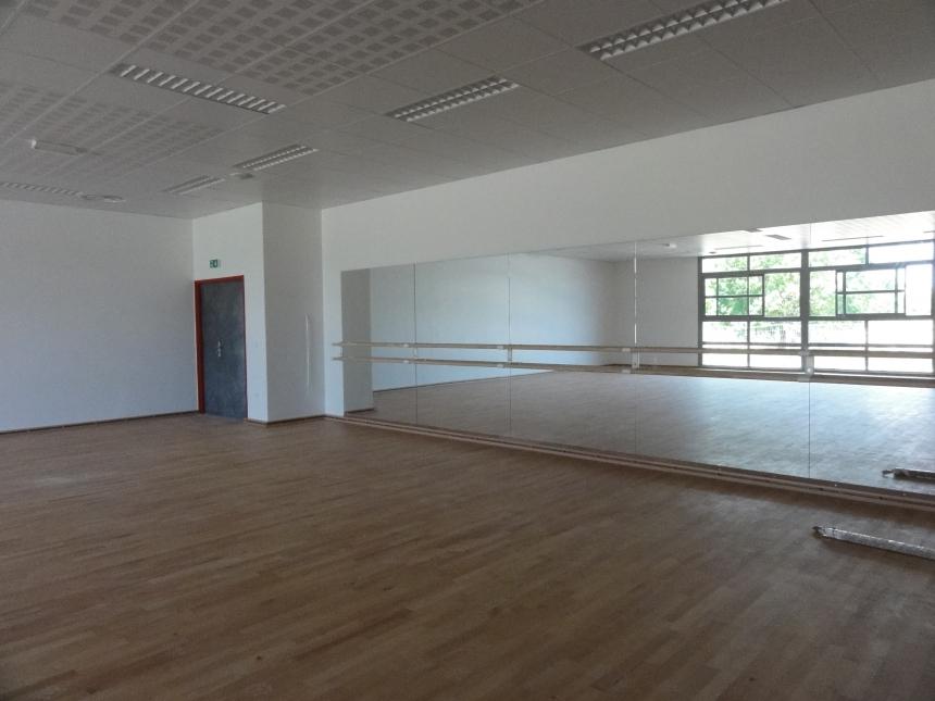 salle gymnastique plancher tchnique miroir